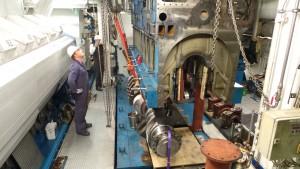 Engine Repair 8L32
