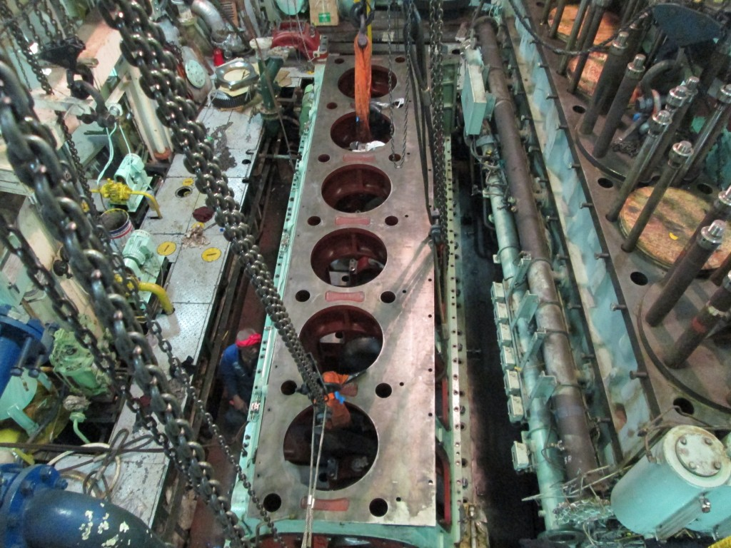Bengi Hanshin diesel crankshaft repair